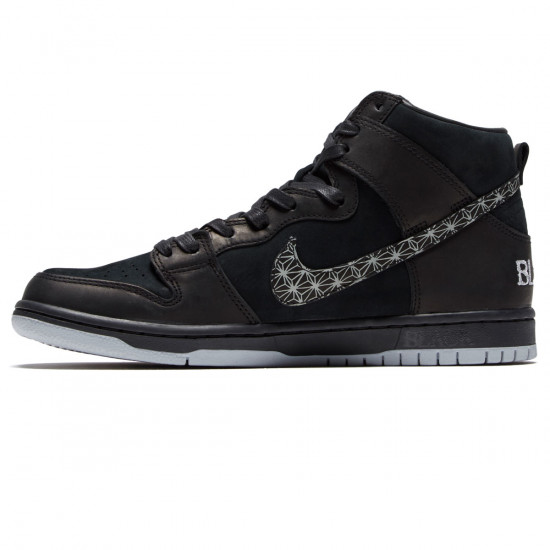 Hazme Volver a disparar Prestador  Nike SB x Black Bar Zoom Dunk High Pro QS Shoes