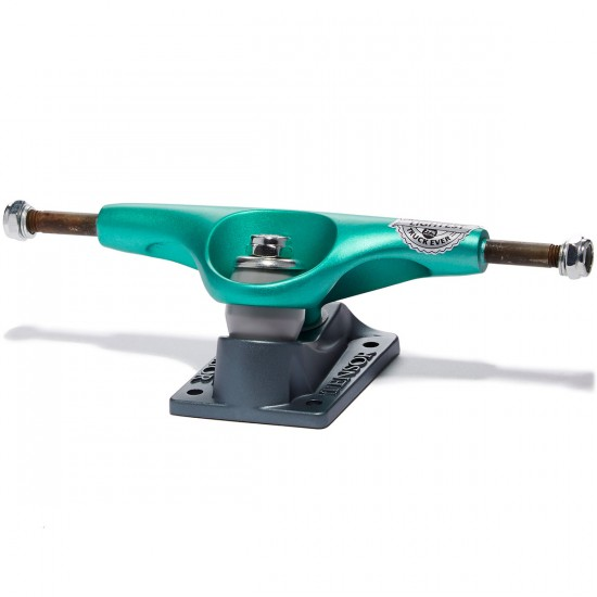 Tensor Mag Light Lo Flick Skateboard Truck - Mint/Gunmetal