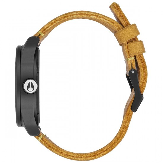 Nixon Mountain Dweller Sentry Leather Watch - All Black/Goldenrod