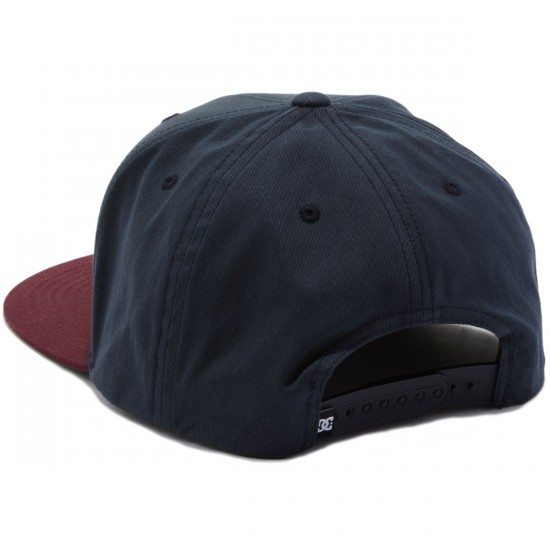 DC Snappy Hat - Licorice