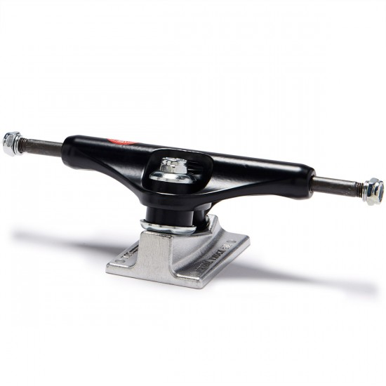Royal Pirate Low Skateboard Trucks - Black/Black