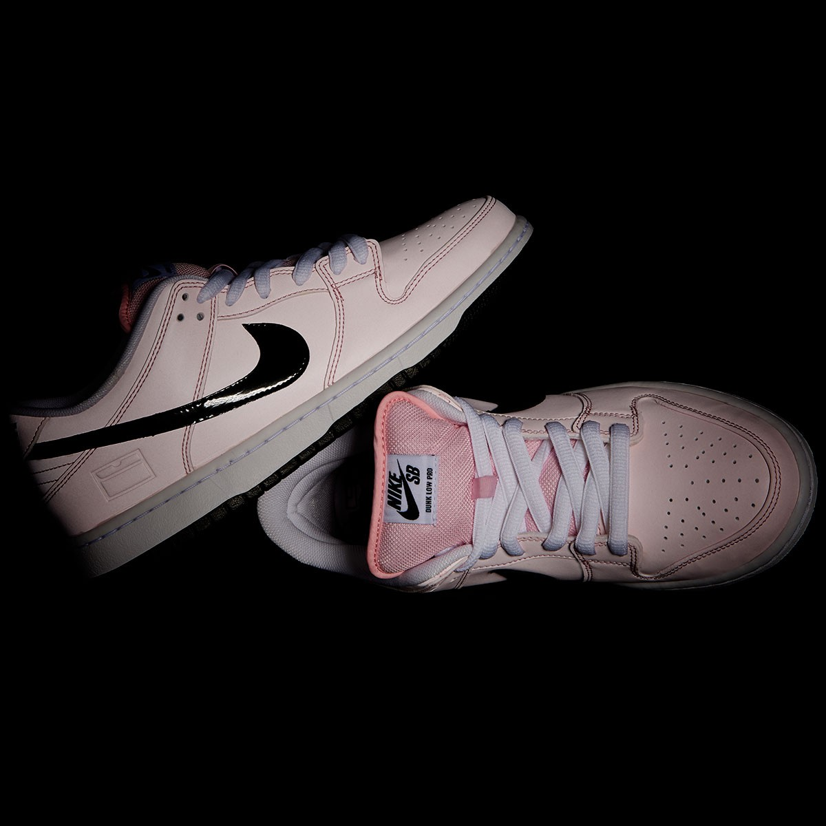 pretty nice 99205 6bac2 Nike SB Pink Box Dunk Low Elite Shoes - Prism Pink/Black/White