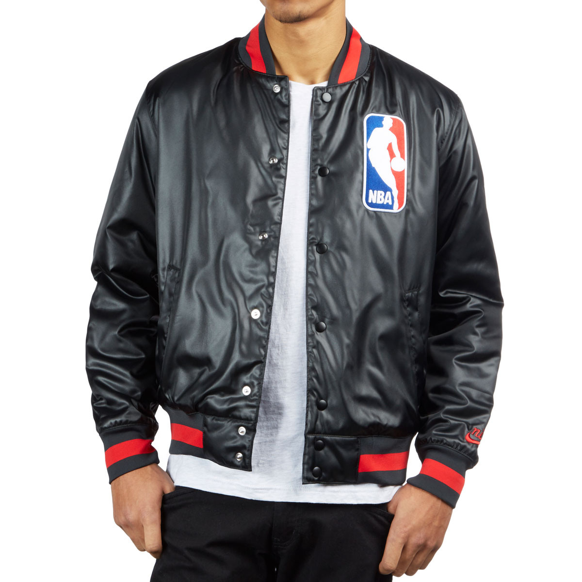 eb1f391bb64 Nike SB X NBA Chicago Bomber Jacket - Black/Black/University Red