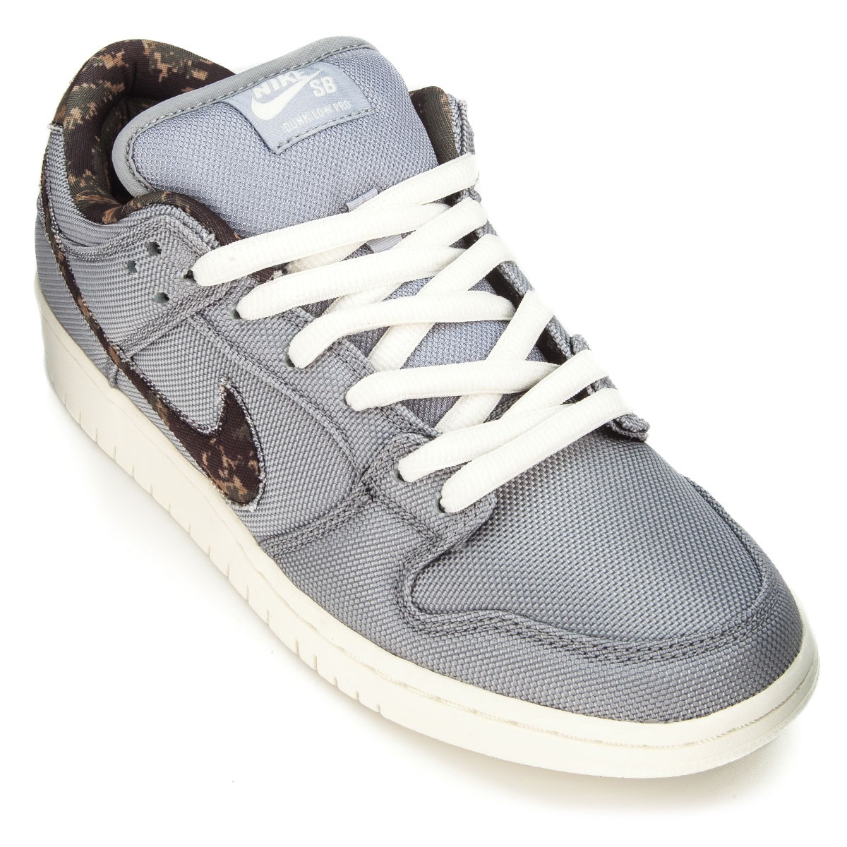 timeless design 31e85 ae302 Nike Dunk Low Pro SB Shoes