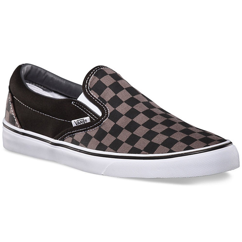 vans classic slip on black and white