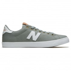 New Balance 210 Shoes - Sage/White