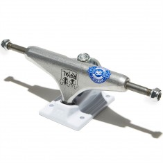 Royal Daryl Angel Pro Skateboard Trucks - White/Raw
